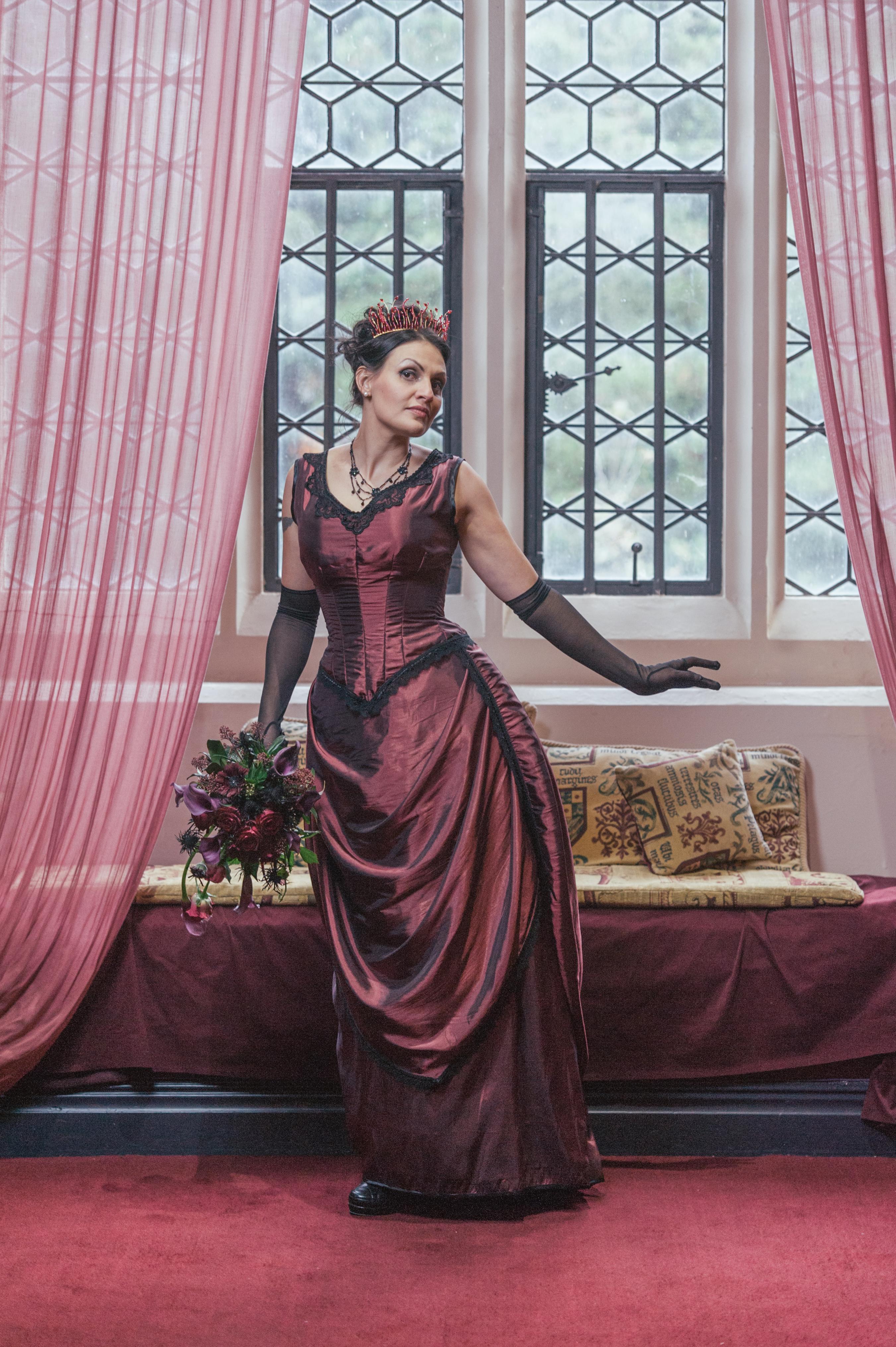 Gothic Bride by RoseAddict on DeviantArt