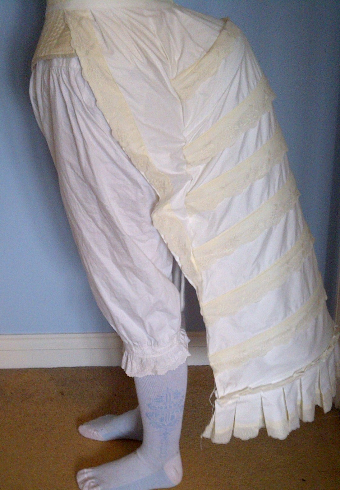 Victorian Style Bustle Pad