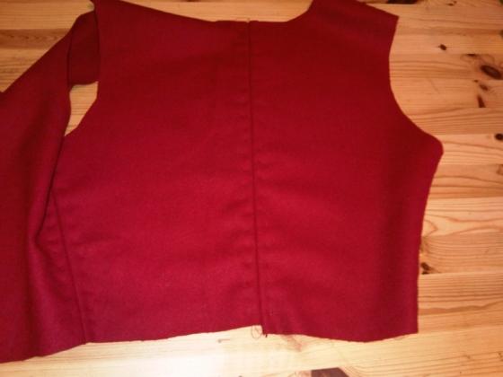 7-kirtle-bodice-sewn