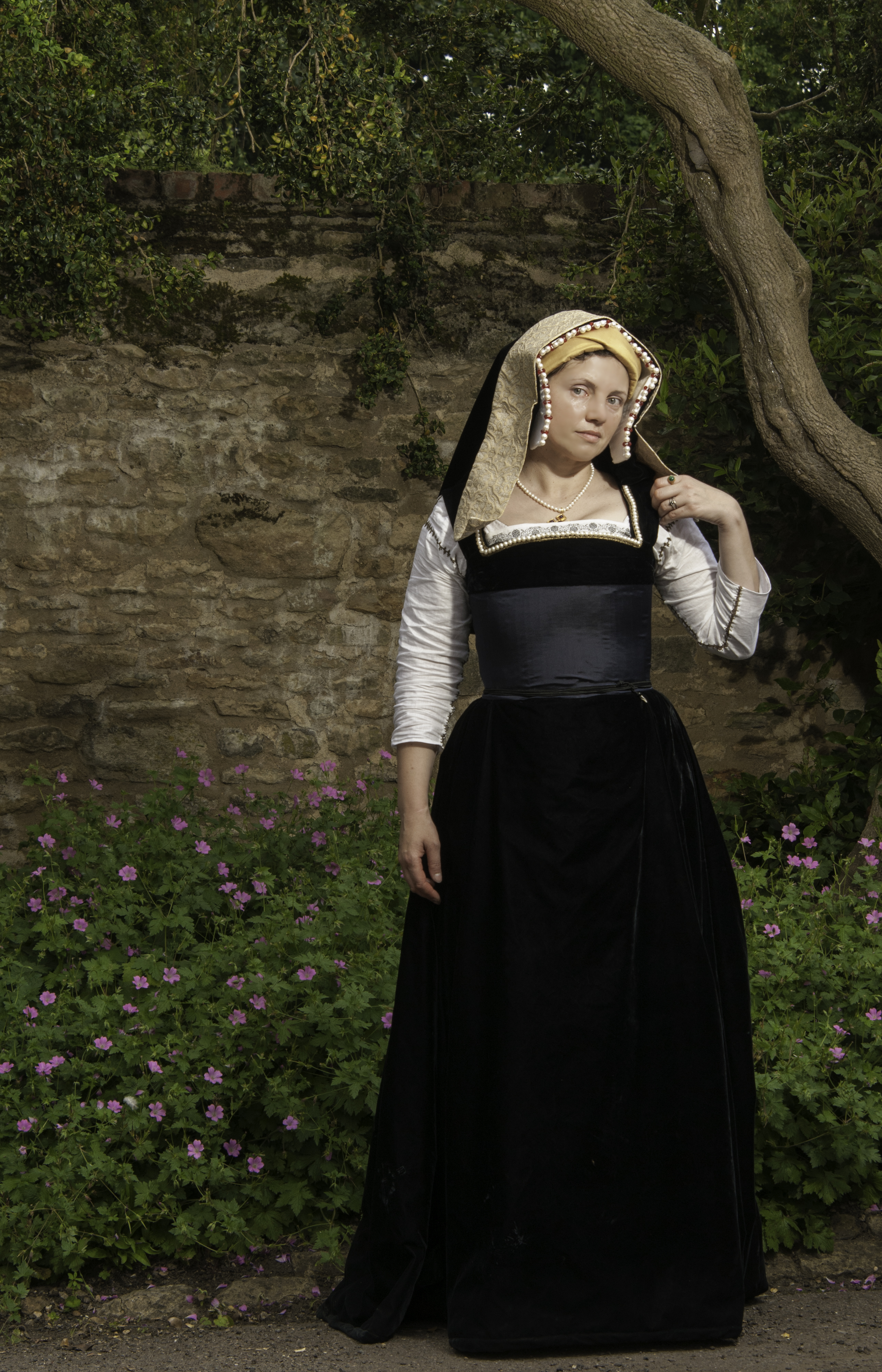 16th century kirtle | A Damsel in This Dress