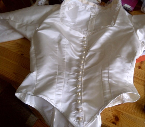 13. finished bodice