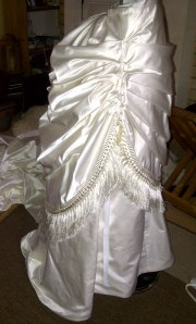 22. apron skirt, with the folds pinned