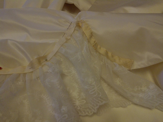 29. ataching the lace