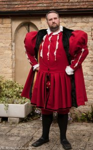 Henrician Outfit-5