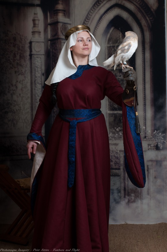 Ladies Mediaeval Attire-6