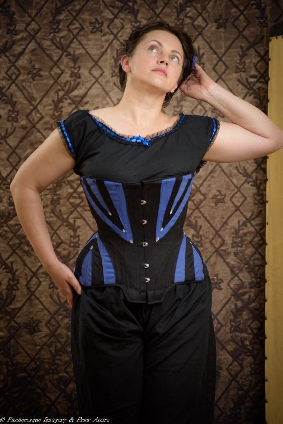 Victorian Black and Blue-11