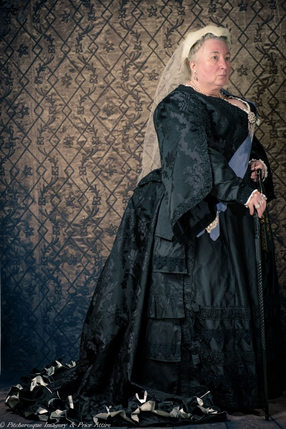 Eve as Queen Victoria-6