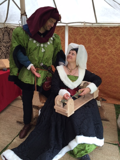 MEDIEVAL//Sca//LARP//Role Playing//Re Enactment LADIES Muslin HEADDRESS-Covering